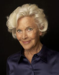 Fantastic Honor Blackman will be starring in our short film Doris and the Pennies from Heaven #film #Honor_Blackman #cinema #actress