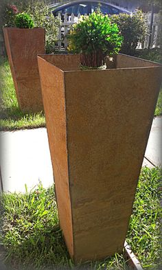 tapered steel planter boxes | Napa Valley Custom Metal