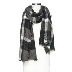 Oversized Black & White Plaid Blanket Scarf