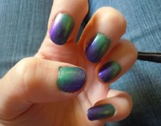 Peacock color nails
