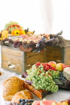 fruits and cheeses instead of wedding cake, photo by Tara McMullen http://ruffledblog.com/niagara-on-the-lake-wedding #desserts #weddingideas