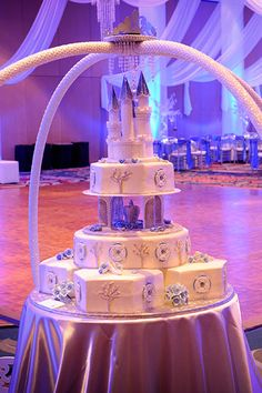 fairy tale wedding cake #wedding #cake #fairy #tale