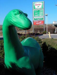 Sinclair Station Dinosaur ...Kansas City, Missouri  I remember this as a kid.