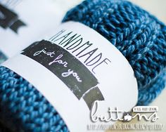 Free printable labels for your handmade knit, crochet or sewing gifts!