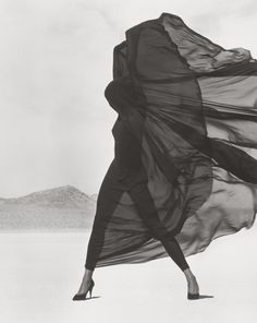 Herb Ritts Exhibit at the J. Paul Getty Museum - Inspirational Images & Motivational Photos | The Silver Pen