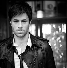 Enrique: got to admit it, damn good singer