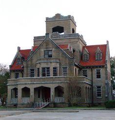 Old Beauregard Parish Jail (DeRidder, Louisiana). Built next door to the parish's 1914 courthouse, this Romanesque Revival jail is today abandoned.