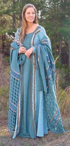 Gowns Pagan Wicca Witch:  Medieval Irish Isolde Gown.