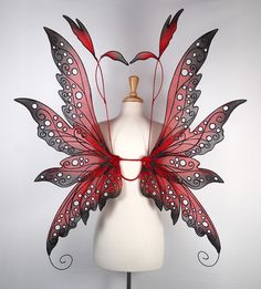 I am in LOVE with this amazing collection of custom-made fairy wings! colleenlarge.jpg (541×600)
