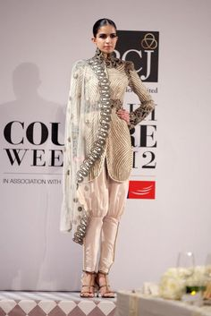 PCJ Delhi Couture Week 2012: Anamika Khanna