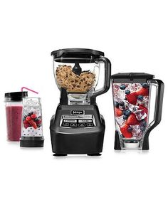 The Ninja Blender & Food Processor is the king of the kitchen - it does it all, blending delicious fresh smoothies and mixing dough with equal ease and finesse.