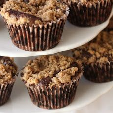 Chocolate Crumb Topped Cupcakes
