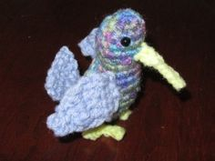Hummingbird free crochet pattern by Mad Crochet Lab