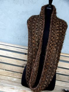 love the infinity scarfs!!!
