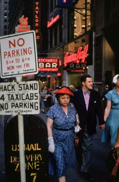 NYC. Ruth Orkin's early color photography: Woman in Red Hat