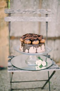 Alternative chocolate wedding cake 20 Decadent and Delicious Chocolate Wedding Cakes – Plus 10 Things You Never Knew About Chocolate!