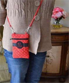 Boutique Cross Body Bag In the Hoop Machine Embroidery Design | Pickle Pie Designs