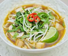 Vegetarian #Phở? Yes, please!! Sign-up for our weekly #meatlessmonday recipes here:  https://secure.humanesociety.org/site/SPageServer?pagename=meatlessmondaysignup&s_src=pin_post081314