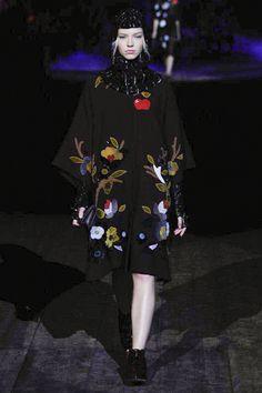 Dolce & Gabbana Winter 2015 Collection #MFW #AW14  #FashionWeek fashion weeks, winter, autumnwint 201415, dolc, fall 2014, 2014 runway, photo galleries, gabbana fall, 2014 readytowear