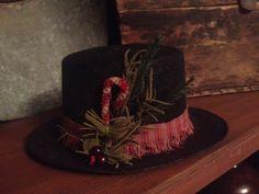 Primitive Snowman hat from *The Farm* Winchester, IL.