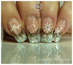 Chistmas Nails in Gold, Silver & White. - Nail Art Gallery nailartgallery.nailsmag.com by NAILS Magazine www.nailsmag.com