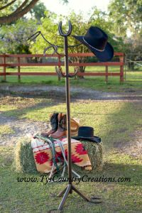 Horseshoe hat rack/coat rack-$155  Country Creations | Horseshoe Products