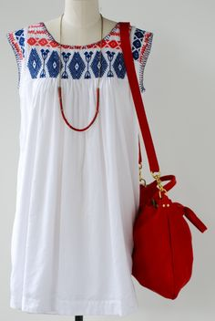 summer outfit | white dress | embroideries | red bag