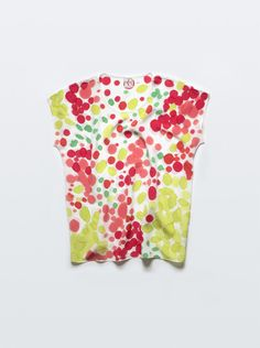 Hand-dyed t shirt.