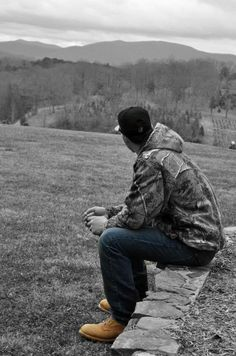 Mmm a good country man and some land. That's all I ask for. :)