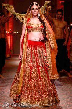 Aditi Rao Hydari for Preeti S Kapoor at India Bridal Week 2013