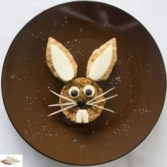 Best part of this kids breakfast recipe? This bunny is so easy to make!