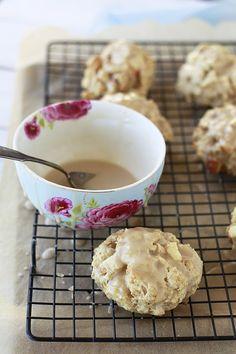 Healthy Apple Maple Scones on Yummy Mummy Kitchen  Delicious breakfast or brunch recipe!