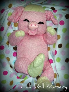 ador piggi, doll, patterns, pdf pattern, pigs, socks, babi, no sew sock crafts, sock piggi