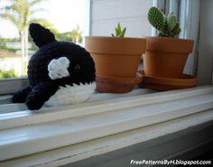 "Free Patterns : Orca Amigurumi Pattern by ""Hannah Daley"""