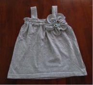 sew, craft, tshirt dress, upcycl tshirt, babykid cloth, babies clothes, uses for old tshirts, tshirt upcycl, recycl tshirt