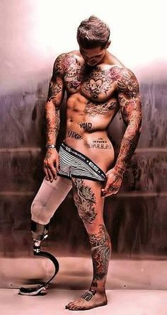 Before anyone says anything they'll regret, you should know that Alex Minsky is a MARINE who lost his leg in Afghanistan after a roadside bomb exploded...