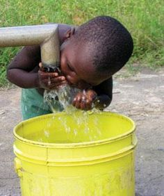 Beautiful picture of a child drinking clean water. We can all make a difference!  http://grouprev.com/annerocha