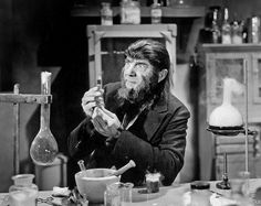 1943 ... Bela Lugosi in 'The Ape Man'