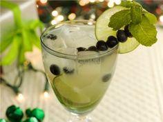 Margarita de piña y arándano azul. Pineapple and blueberry Margarita