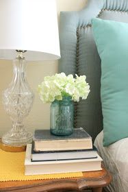 Clever Nest: DIY Nailhead Headboard
