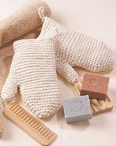 knitted bath mitts