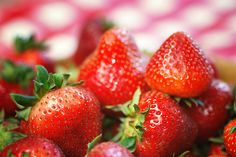 Fresh picnic strawberries - Fifty Shades Freed page 410
