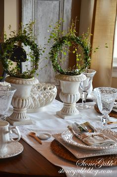 StoneGable: FORMULA FOR SETTING A CASUAL TABLE