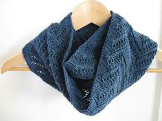 Kim's birthday moebius by kshknits, via Flickr
