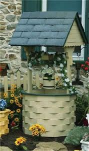 Amish Outdoor Wooden Wishing Well with Slate Roof - Medium