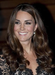 She's just beautiful.     From Berkshire to Buckingham: Kate Re-wears Temperley to St. Andrew's 600th Gala