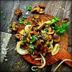 Oven Roasted Wild Mushrooms  Onion with Garlic  Mediterranean Basil