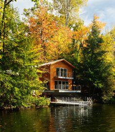 A Small Lake House - contemporary - exterior - burlington - Susan Teare, Professional Photographer
