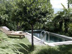 Casa Larga in Brissago, Switzerland / architect Daniele Claudio Taddei / photo by Bruno Helbling