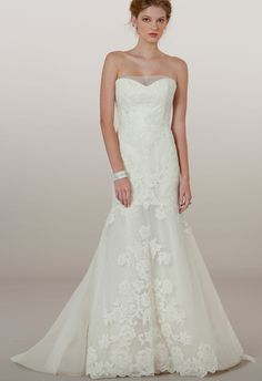 Simply stunning gown from the Liancarlo Fall 2014 bridal collection. http://www.weddingchicks.com/2013/12/10/liancarlo-fall-2014-bridal-collection/